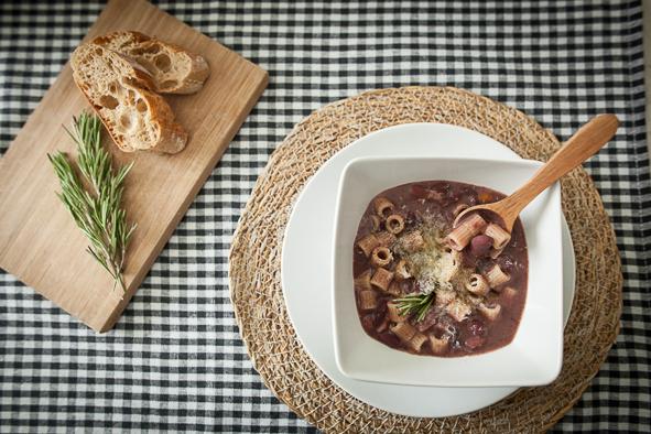 Pasta e fagioli - Traditional Pasta and Beans