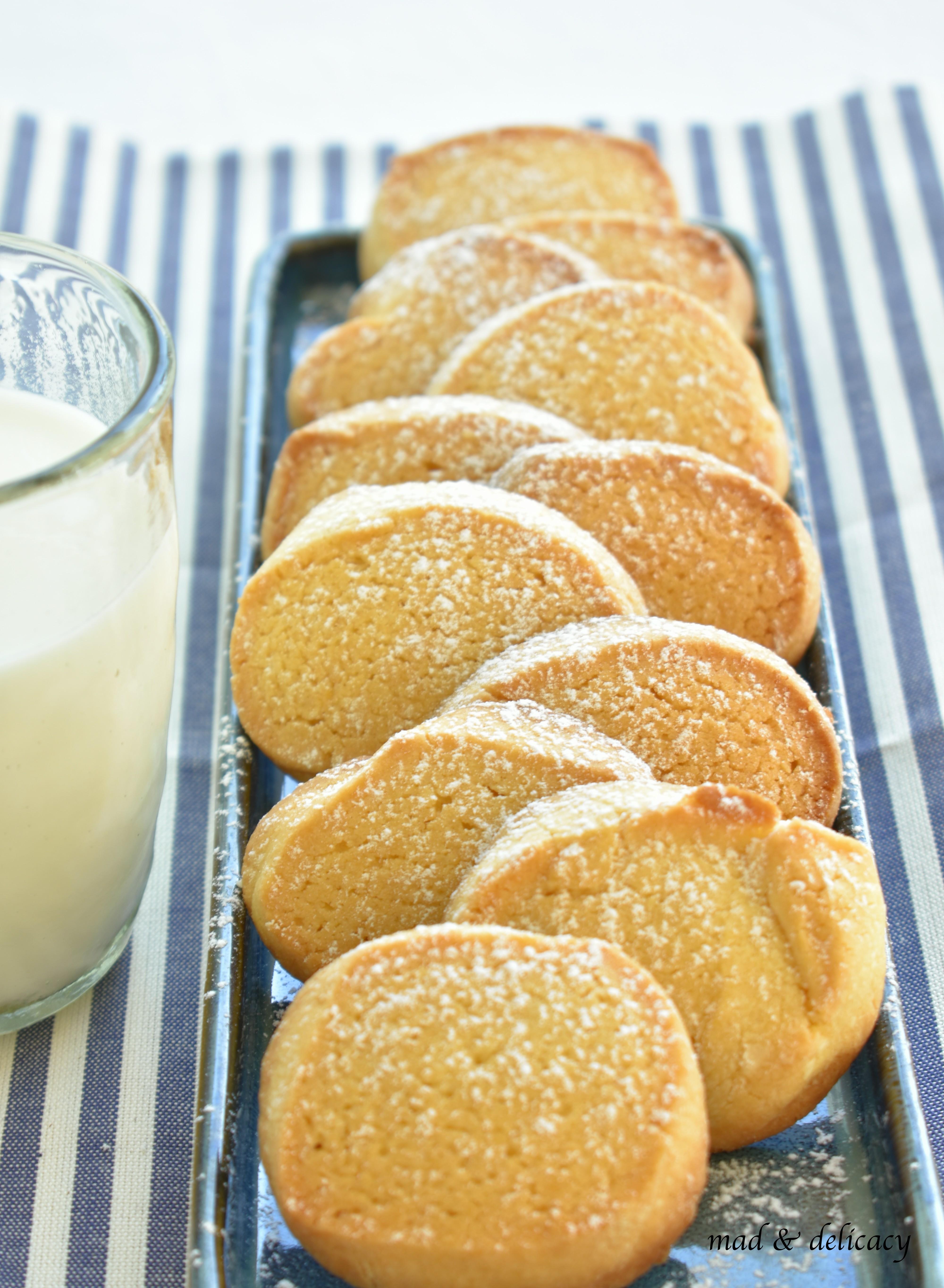 biscuits 007