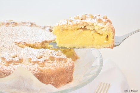 https://madanddelicacy.com/2017/10/06/grandmas-tart-torta-della-nonna/