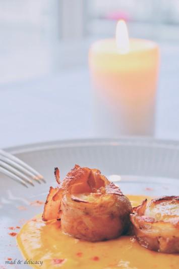 Seared scallops on pumpking cream