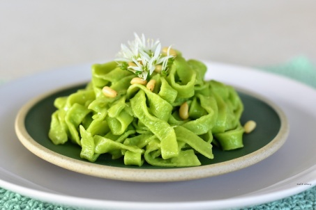 https://madanddelicacy.com/2018/05/24/tagliatelle-with-wild-garlic/