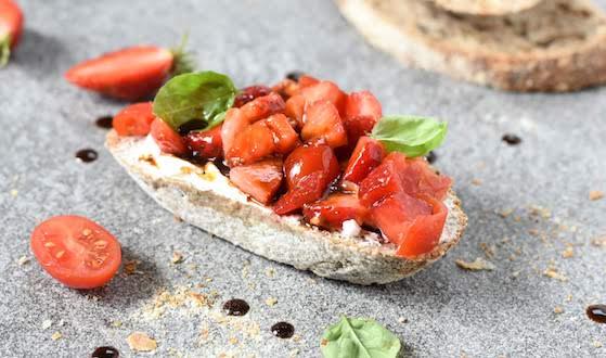 Bruschetta with Tomatoes and Strawberries
