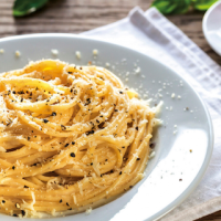 A Tasty Traditional Roman Dish: Tonnarelli Cacio e Pepe