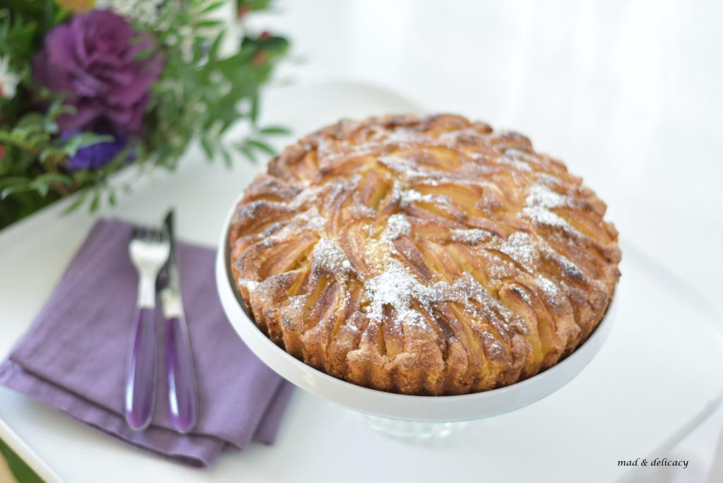 Cinnamon Appla Cake