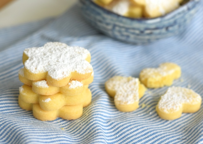 Crumbly Ovis Mollis Biscuits