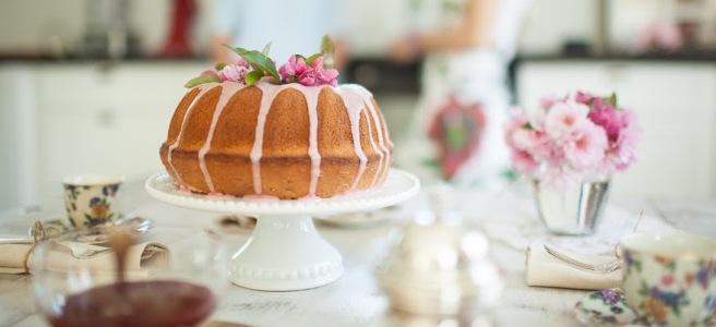 Bundt Cake - an Italian Ciambella.